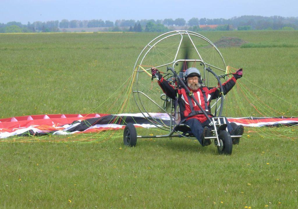Szkolenie do lotów motoparalotnią PPGG